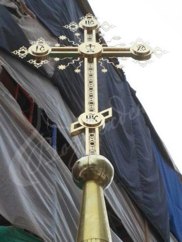 Накупольный крест для храма как искусство и символ.
